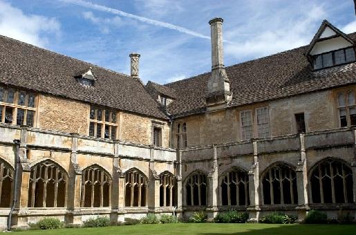 Hogwarts und Lacock Abbey