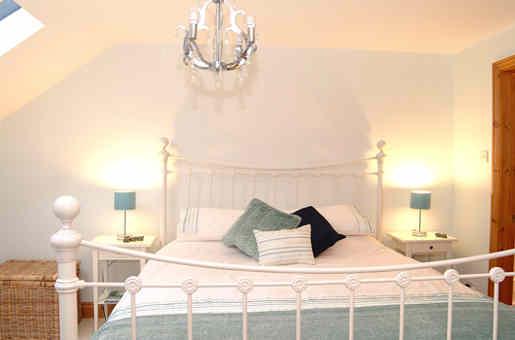 Ferienhaus stilvolles Schlafzimmer
