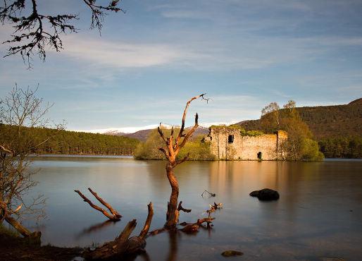 Loch an Eilean Castle Aviemore