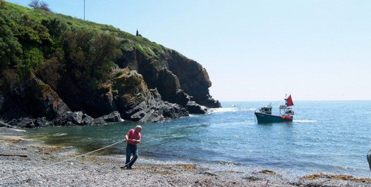 cadgwith strand