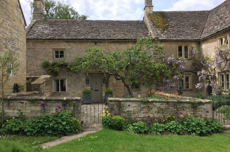 urlaub s dengland romantisches cottage in den cotswolds mieten burford urlaub reisen. Black Bedroom Furniture Sets. Home Design Ideas